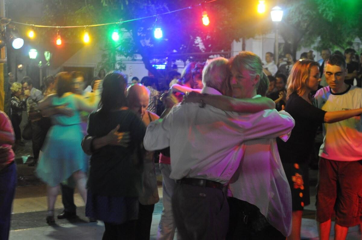tango vacation buenos aires milonga
